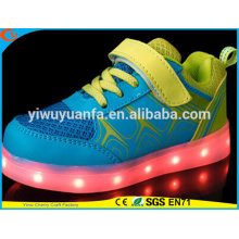 Hot Selling Light Flashing Running Rechargeable LED Shoes for Kids Gift