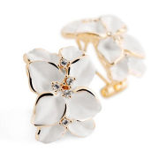 2014 wholesale hot selling delicate jewelry earrings, gardenia shape