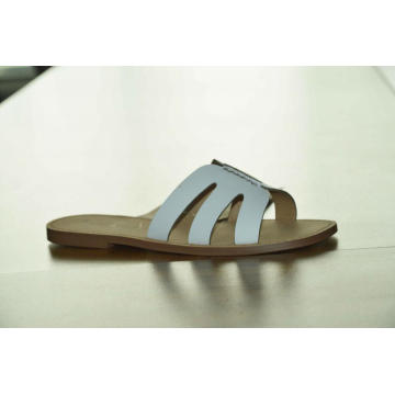 Women's New Comfortable Soft Sole Leather Flat Sandals