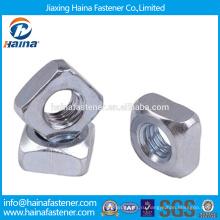 На складе Китайский поставщик DIN557 Нержавеющая сталь / углеродистая сталь Квадратная гайка с HDG / цинковым покрытием.