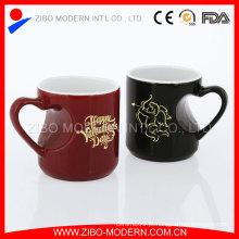 Caneca cerâmica do esmalte da forma do coração do amor da porcelana do dia de Valentim