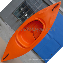 2015 New Made in China Mika Cheap Plastic Kayak, Sit in Kayak (M18)