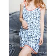 Haut et pantalon courts pour femmes imprimés en bleu