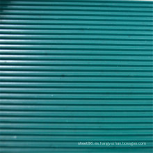 Hoja de goma antideslizante acanalada verde oscuro