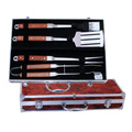 Set di 4 strumenti per barbecue