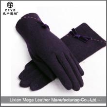 China Venta al por mayor guantes de lana negro personalizado