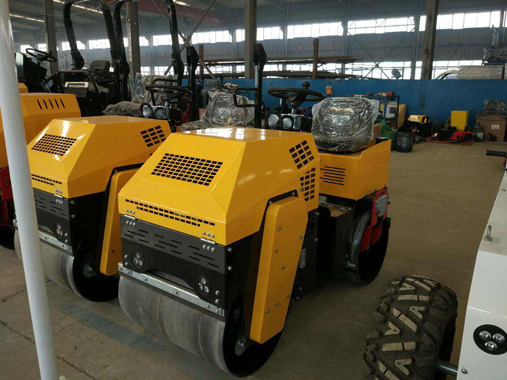 1.5 Ton Road Roller