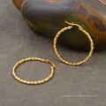 Mulheres de aço inoxidável torcido rodada círculo banhado a ouro aro brinco