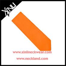 Nettoyer à sec seulement 100% fait à la main en gros cravate personnalisé en soie homme orange