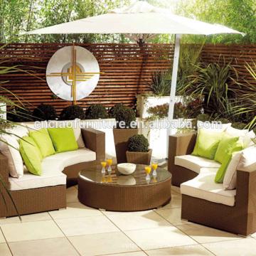 Heiße Verkaufspatio-Möbel im Freien runder Weidensofa eingestellt