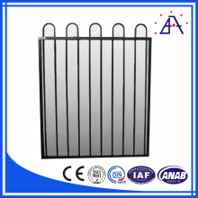 China 6063 T6 Metal Animal Farm Fence Panel