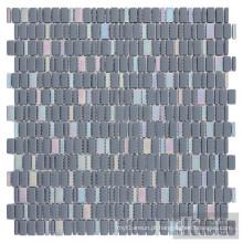 Azulejos de mosaico de vidro iridescente misto azul