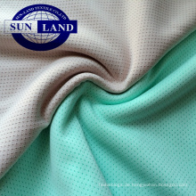 100 Polyesterfrauen tragen ein antibakterielles Futter aus Silberionen