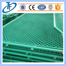 Chain Link Wire Mesh Fencing , PVC Coated Chain Link fences