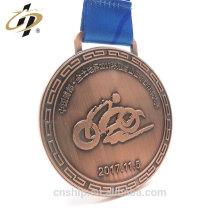 Personnaliser les médailles de sport cyclistes en cuivre antique avec ruban