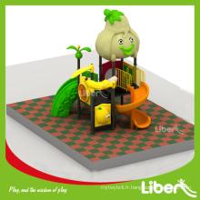 LLDPE Type de matériau Standard Jardin d'enfants Aire de jeux extérieure pour enfants, Série de fruits Aire de jeux pour enfants