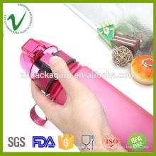 Agua potable de grado alimentario vacía botella de agua de plástico higiénico de deporte