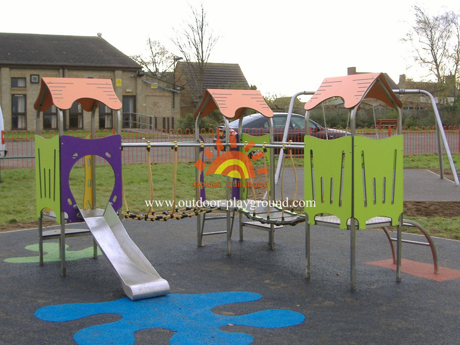 plastic outdoor play structures