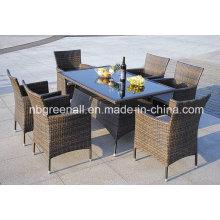 Ensemble de table à manger en meuble extérieur