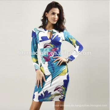 Sommer sexy V-Ausschnitt Paket hip Smoking Abendkleid langärmelige Nachtclub Kleid Großhandel
