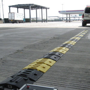 tire killer for bridge guardrail with roadway safety