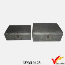 Tronco industrial de estaño de metal vintage con cerradura