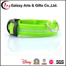 Cuello de perro de seguridad LED Collar intermitente de luz LED Collar de perro
