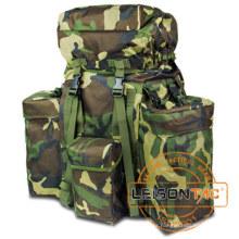 Mochila militar con color de camuflaje