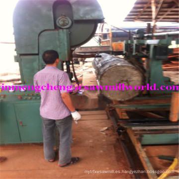 La sierra del CNC vio la máquina automática de la sierra de cinta del corte de madera