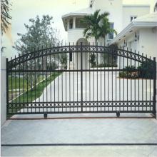 Прочный высокий металлический забор, железные ворота конструкции с оцинкованной жестью