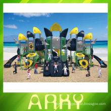 2015 New Design Large Kids Plastic Sliding Outdoor Playground