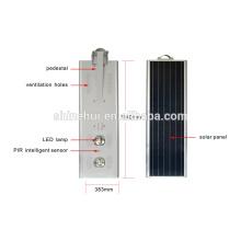 7-9m Polo de la calle integrado todo en una luz solar de la lámpara de calle del LED