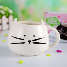 Popular Cat Design Ceramic Mug for Gifts