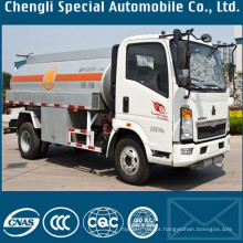 Sinotruk HOWO leves veículo de transporte de óleo Diesel