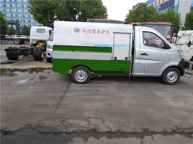 Road Cleaning Truck 3