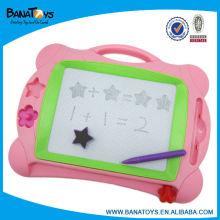 Brinquedo educacional da placa de desenho magnética cor-de-rosa