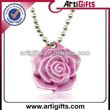 2013 Newest style fashion resin flower pendant