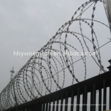 galvanized concertina wire 450mm anti-climb razor wire flat razor barbed wire