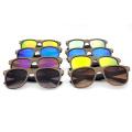 Der Verkauf der neuen Bambus Holz Gläser Echtholz Leder Sonnenbrillen2017