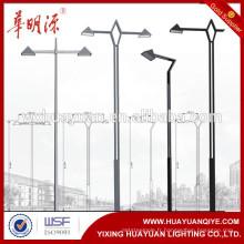 Poteau de lumière de rue en acier à LED