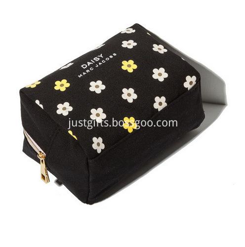 Custom Zippered Canvas Cosmetic Bags Bulk