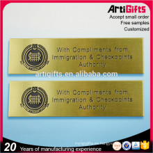 Insignia de Zhongshan proveedor insignias de nombre de bronce únicas