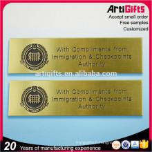 Zhongshan badge fournisseur unique en laiton insignes de nom
