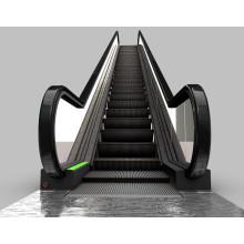 Escada rolante exterior interna do corrimão da etapa do centro comercial público