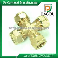 Fabrication de porcelaine personnalisée bonne vente cw614n ou cw617n Raccord en cuivre forgé à 4 voies pour tubes pex al pex