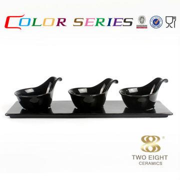 Farbmischplatten der keramischen Miniatursoßenfarbe für Restaurant