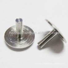 Rebitador contínuo de aço inoxidável do auto rebite / rebite cabeça do cogumelo para o automóvel / auto peças sobresselentes