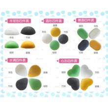 Éponge pour le visage / le bain Konajc de différentes formes / couleurs