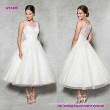 Vintage-Stil Tee-Länge Hochzeitskleid mit Spitze verziert Illusion Ausschnitt gibt dieser klassischen A-Linie ein modernes Update