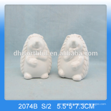 2016 home decor,cute white ceramic hedgehog gifts for wholesale